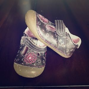 Stride Rite Toddler Girls Shoes Size 4.5